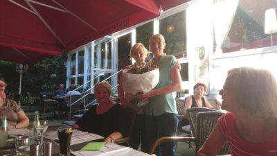 v.l. Frau Gisela Agethen und Sandra Dausner am Anfang September 2016 im Ruhrpark