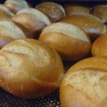Warum man auch Ostermontag frische Brötchen vom Bäcker frühstücken kann